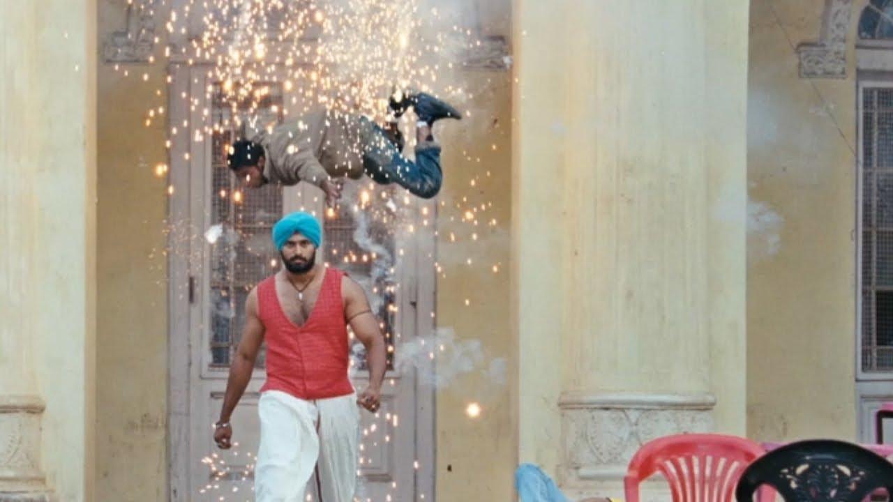 Mallu Singh   Unni Mukundan fight scene   Mazhavil Manorama