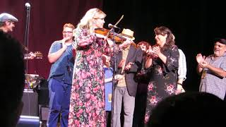 Willie Nelson & Family w/Alison Krauss~ I'll Fly Away ~ OC Fair ~8/9/2018