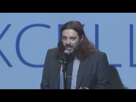 Shaun Morgan Wins Artistic Expression Award (Rise Above This w/ Speech)