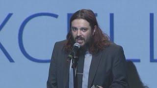 Shaun Morgan Wins Artistic Expression Award (Rise Above This w/ Speech)