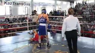 Боксерский поединок в Таразе