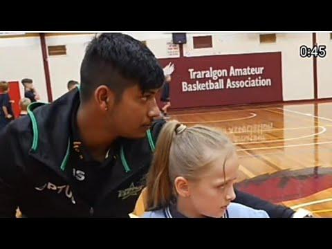 Australia मा Sandeep lamichani र star bbl का खेलाडी बच्चाहरु लाई Bowling सिकाउदै | Viral media