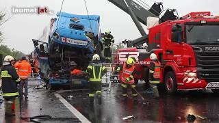 Zwei Tote bei LKW-Crash auf Pyhrnautobahn bei Inzersdorf im Kremstal