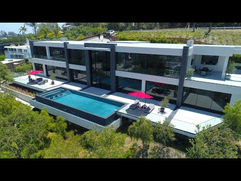 $13,880,000-hollywood-hills-spectacular-mansion-with-impressive-views
