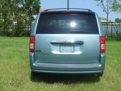 2008 Chrysler Town & Country 4dr Wgn LX (Oakland Park, Florida)