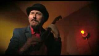 Les Claypool - Red State Girl (Official Video)