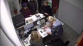 Кража моноблока(Камера видеонаблюдения помогла обезвредить похитителя моноблока. С сайта www.intermagia.ru., 2013-11-26T08:25:29.000Z)