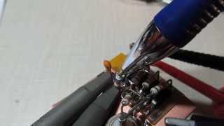 Schmitt Trigger Oscillator / Tutorial on Schmitt Trigger / 74AC14 Inverter / square wave generator