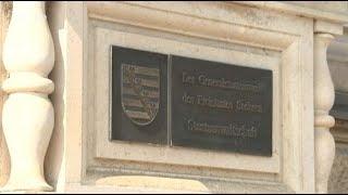Haftbefehl im Internet - Sachsen gehört unter Zwangsverwaltung