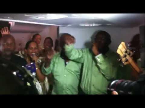 Chanté Noël en plein vol au dessus de la Guadeloupe avec Air Caraïbes