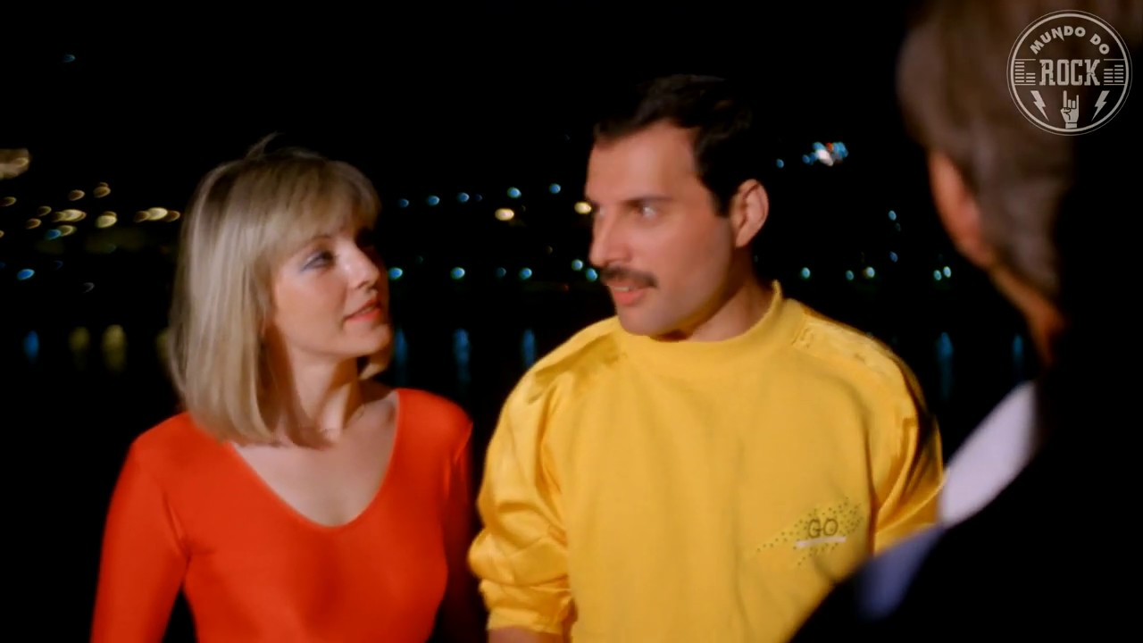 Freddie Mercury - Interlude (Hungarian Rhapsody: Live in Budapest 1986) (Full HD) - YouTube