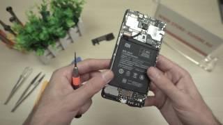 Розбираємо Xiaomi Redmi Note 4 - знімаємо плату і батарею
