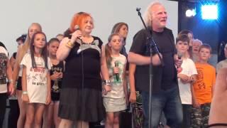 "Download lagu Dzieci Jarocina - ""Ostatni tabor"" (Roman Kostrzewski i Basia) - Jarocin 2015"