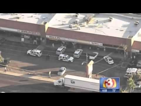 Police investigate shootout between robber and jewelry store owner