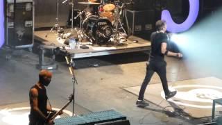 Rise Against - Teenage Lobotomy / Commando (Ramones) (The Wiltern, Los Angeles CA 9/17/14)