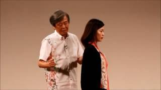 丸山剛郎名誉教授による咬合の修正のデモンストレーション