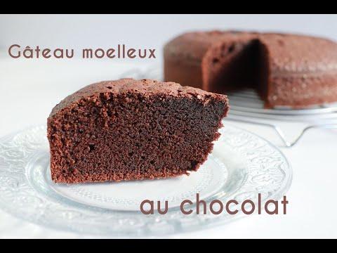 recette-de-gâteau-au-chocolat-moelleux-et-humide