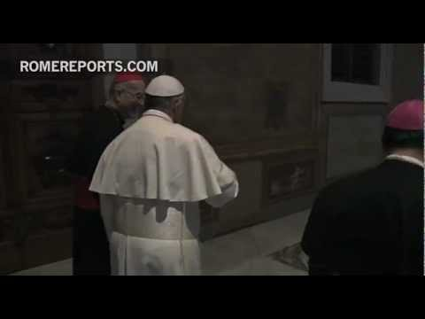 Pope Francis receives keys to Papal Apartments