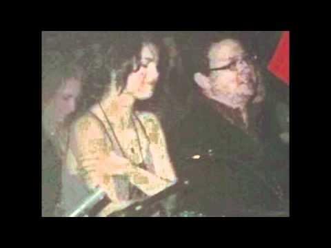 JELENA NAKED PHOTOS LEAKED!!!!! - SELENA GOMEZ AND JUSTIN BIEBER!!!