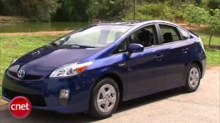 видео Toyota Prius 2010