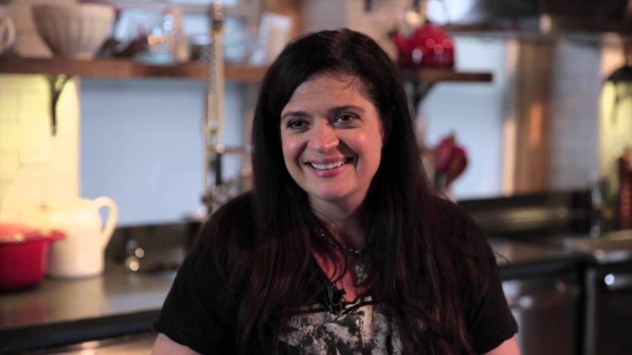 Celebrity Chef Alex Guarnaschelli, BC '91, serves up some ...