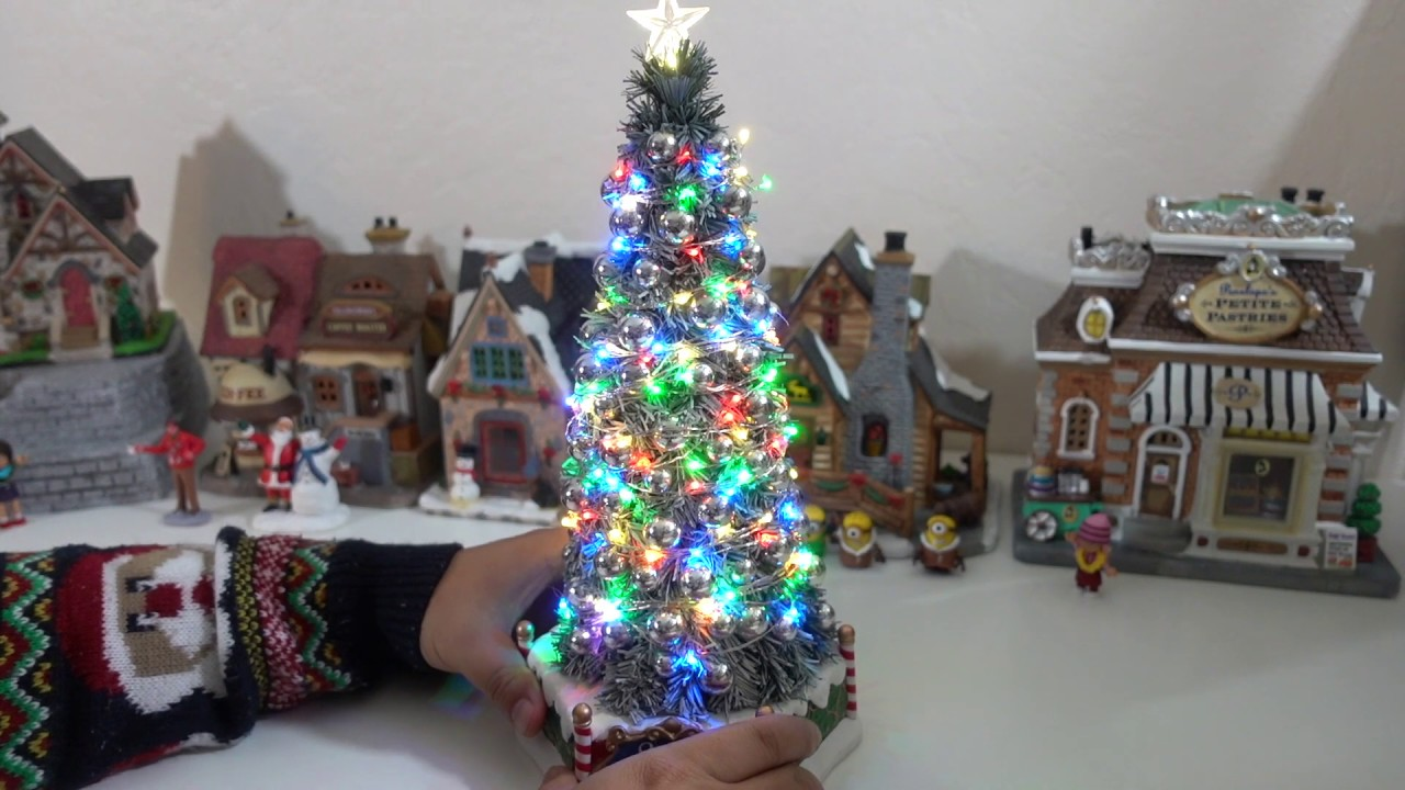 Majestic Christmas.Lemax Majestic Christmas Tree 2018 Review 84350