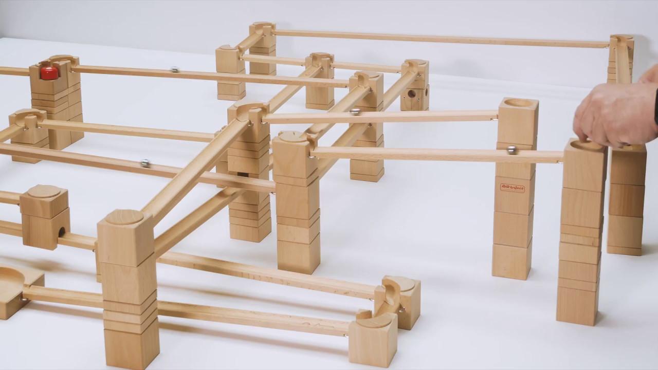 kugelbahn schweizer holzkugelbahn rollo quick mit langen schienen youtube. Black Bedroom Furniture Sets. Home Design Ideas
