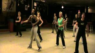 Zumba with Aronnette! - Three little birds - Sean Paul