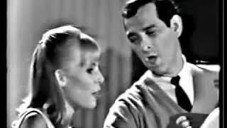 Joni Mitchell-Blow Away the Morning Dew (1965)
