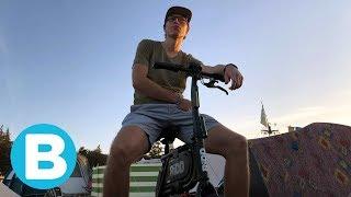 Met deze elektrische mini-scooter heb je veel lol (en omstanders ook) 🔌
