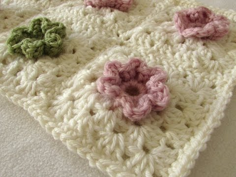 How to a crochet a cute 3D flower granny square blanket