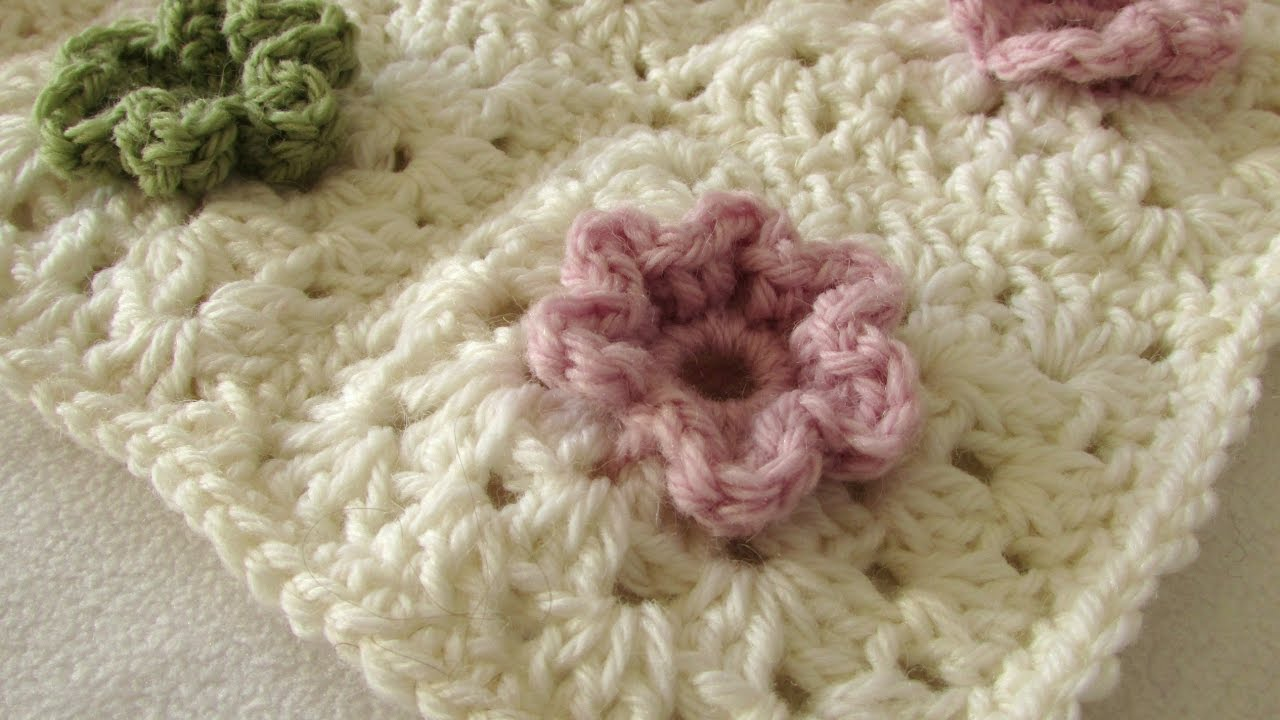 How to a crochet a cute 3D flower granny square blanket - YouTube