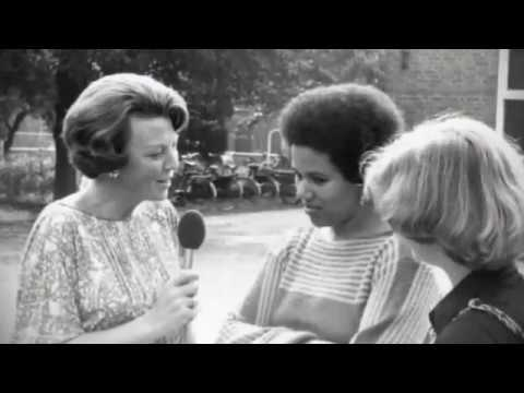 Andere Tijden: Beatrix en de Buitenlanders