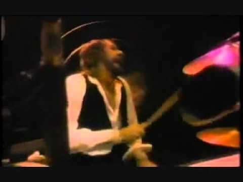 Fleetwood Mac - Go your own way Live 1979_(360p).avi