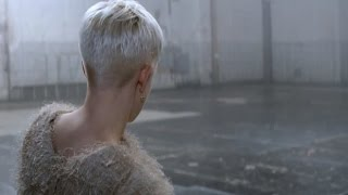Repeat youtube video Robyn 'Call Your Girlfriend' Official Video
