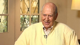 The last time Carl Reiner saw Mary Tyler Moore | Larry King Now | Ora.TV