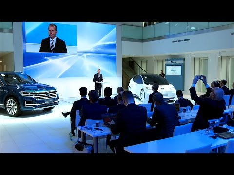 Volkswagen strategy TRANSFORM 2025+ press conference