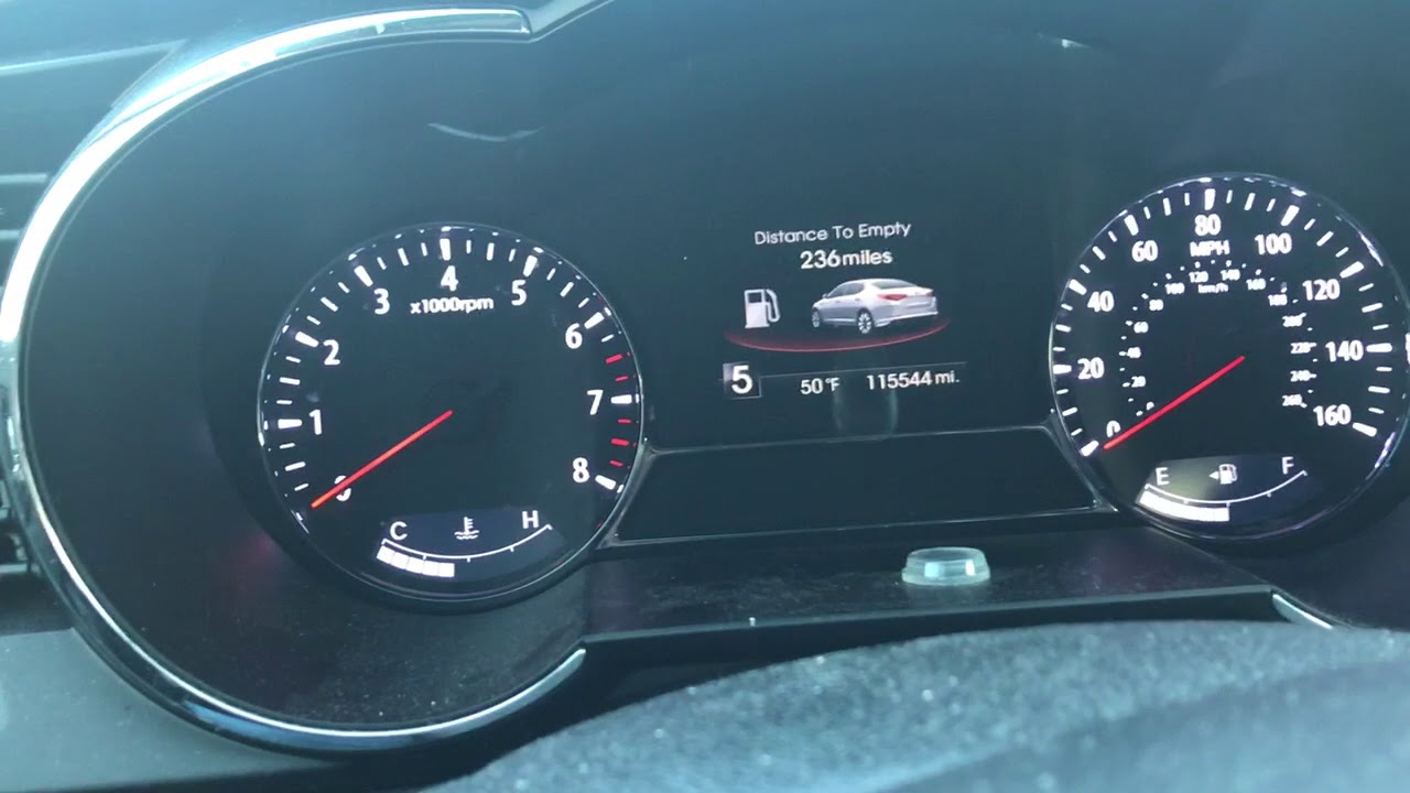 Kia Optima: Tachometer