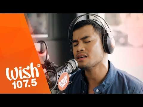 "Bugoy Drilon sings ""Ikaw Na Nga"" LIVE on Wish 107.5 Bus"