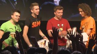 Repeat youtube video CRAZY GAMESCOM 2015 VLOG!