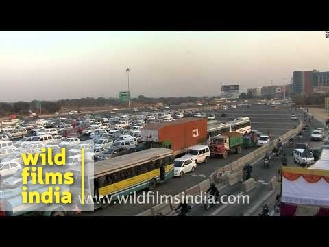 India's largest toll plaza - Delhi Gurgaon NH8 expressway