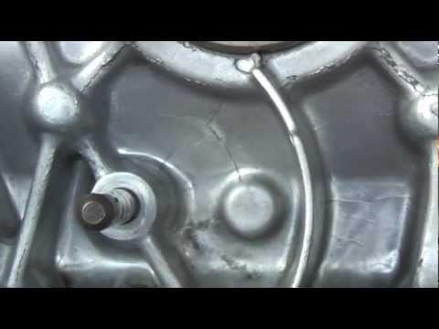 Honda EU20i / EU2000i generator engine casting cracks