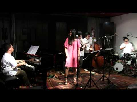 Monita Tahalea - I Love You @ Mostly Jazz 17/03/12 [HD]