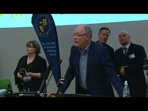 Protesters shout down Don Brash as he tries to speak at Auckland University free speech debate