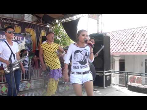 ENTOK MANIS SEPAH DIBUANG -  SINTA - NAELA NADA LIVE GEBANG