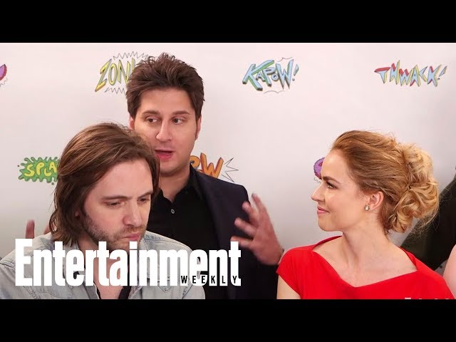 12 Monkeys: Amanda Schull, Aaron Stanford & More On Final Season | SDCC 2017 | Entertainment Weekly