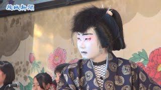 西塩子の回り舞台 歌舞伎や地芝居 3年ぶり組み立て、観客魅了