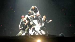 """Celine Dion """"Dancers Interlude"""" @ Sunrise, FL Bank Atlantic 01.30.09"""