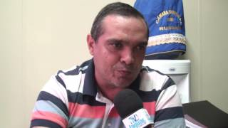 Júnior Martins questiona a falta de autonomia dos secretários municipais de Russas.