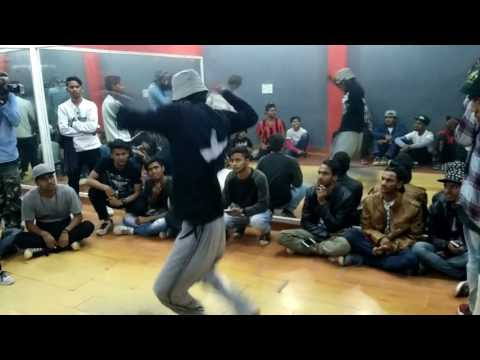 7 to smoke Locking Battle | Delhi Locking Project 2017